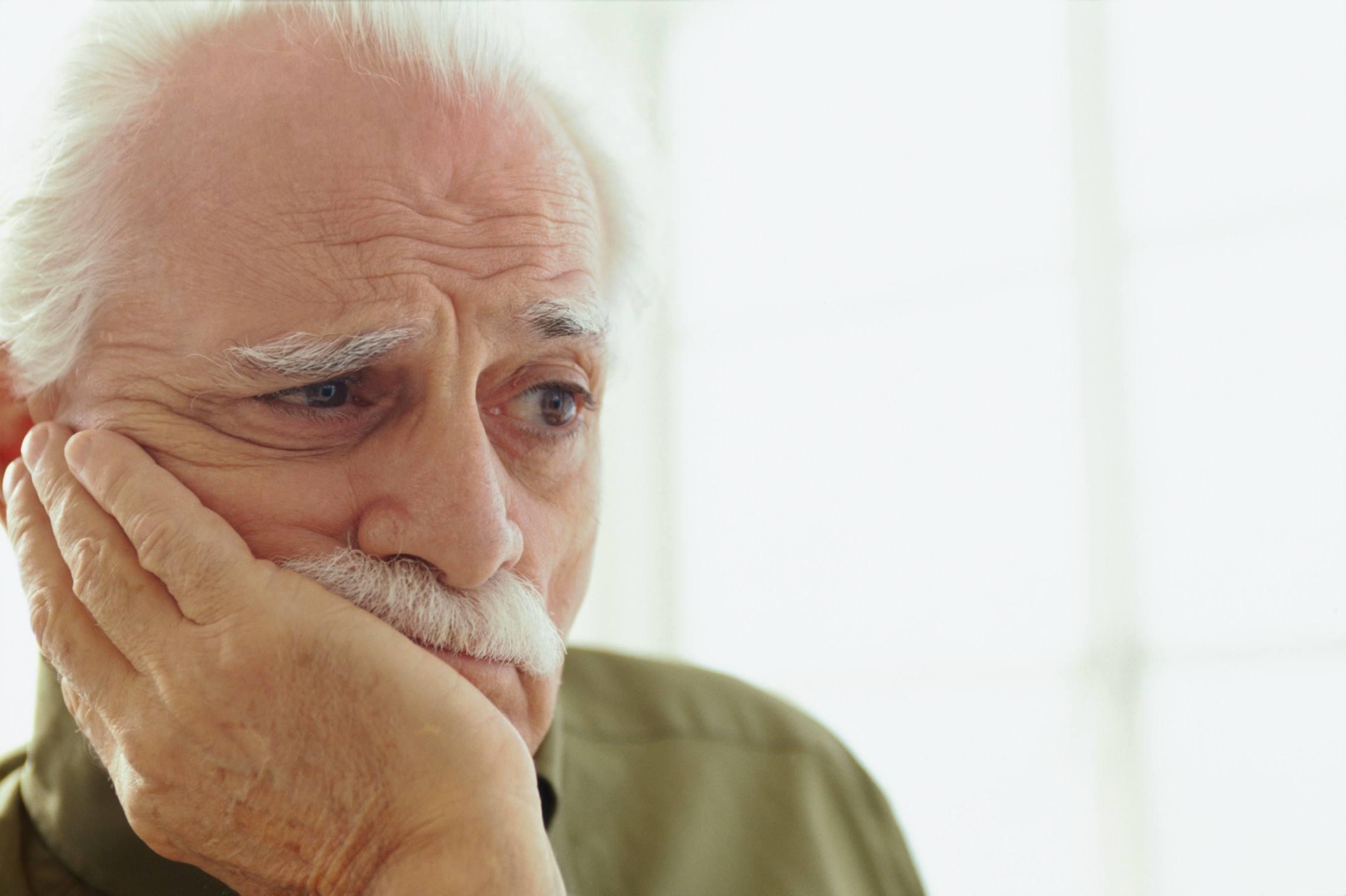 incontinenciaurinaria M - ¿Qué puedo hacer si mi padre necesita pañales?