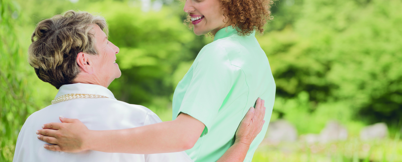 Acompañamientos sociosanitarios - Servicios que favorecen la permanencia en casa: Servicio de ayuda a domicilio y acompañamientos sociosanitarios